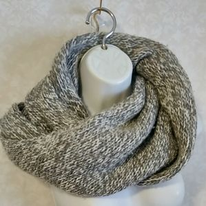 ❄️ J. Crew Infinity Twist Sweater Scarf Knitted